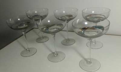 6 pahare sampanie model deosebit pictat manual foto