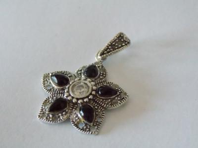 Pandant argint cu onix si zirconiu foto