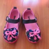 Pantofi copii panza, gradinita, parc, NOI, bleumarin cu buline roz., Fete, 21 - 24, Multicolor