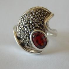 Inel argint cu zirconiu si marcasite
