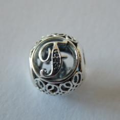 Talisman Pandora autentic 791850CZ LItera F vintage - Pandantiv argint