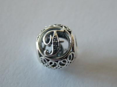 Talisman Pandora autentic 791850CZ LItera F vintage foto