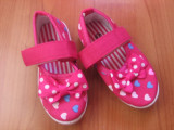 Pantofi copii panza, gradinita, parc, NOI, roz cu inimioare, Fete, 20 - 24, Multicolor