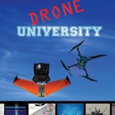 Drone University - Carte in engleza