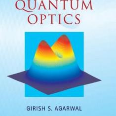 Quantum Optics - Carte in engleza