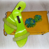 Papuci Escada cu puf / marimea 36 - Papuci dama, Culoare: Din imagine