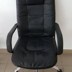 Scaun de birou/directorial negru, Piele ecologica