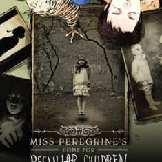 Miss Peregrine's Home for Peculiar Children: The Graphic Novel - Carte in engleza