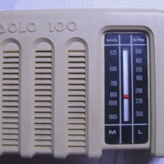 Radio vechi si foarte rar Solo 100 de colectie functional are si suport de masa - Aparat radio