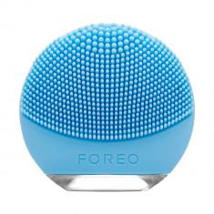 Perie de curatare faciala FOREO F7252 Luna GO pentru ten mixt
