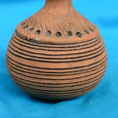 VAZA TIP SOLIFLORA DIN CERAMICA SCANDINAVA, MODEL UNICAT, SEMNATA - Arta Ceramica