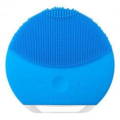 Perie de curatare faciala FOREO F3371 Luna Mini 2 pentru toate tipurile de ten