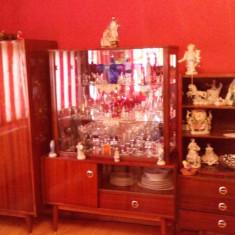 Mobila veche - Dormitor complet