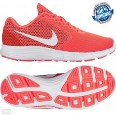 ADIDASI Nike REVOLUTION 3 din germania ORIGINALI 100% unisex NR 41 - Adidasi barbati, Culoare: Din imagine