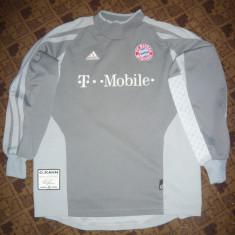 Bluza Trening Adidas - Echipa Fotbal Bayer Munchen, Jucator-O.Kahn, autograf - Hanorac, Marime: S