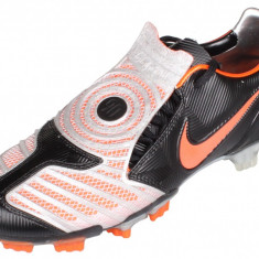 Total 90 Laser II FG Ghete fotbal Nike negru-portocaliu UK 7, 5, Marime: 41, Barbati, Iarba: 1