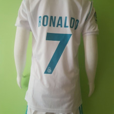 SET ECHIPAMENT RONALDO REAL MADRID SEZON 2017-2018 4-15ANI - Echipament fotbal, Marime: XXL, XL, L, S, XS, Set echipament fotbal