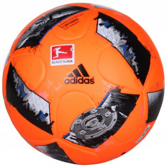 DFL Top Training Winter Minge fotbal Adidas n. 4, Marime: 4