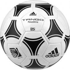Tango Pasadena Minge fotbal Adidas n. 5, Marime: 5