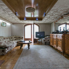 Penthouse la vila zona Domenii 305 mp - Casa de vanzare, Numar camere: 4, Suprafata teren: 240