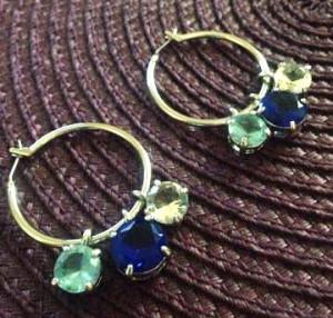OFERTA-Cercei swarovski albastrii-rotunzi placati cu aur ALB 18k si cristale