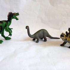 Lot 3 figurine dinozauri plastic, cca 12-13cm lungime - Figurina Dinozauri