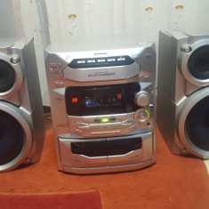 Combina Muzicala cu Radio 5 CD-uri Caseta Auxiliar Panasonic SA-AK28 - Combina audio Panasonic, Clasice, 161-200 W