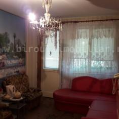 Vanzare apartament 3 camere in Constanta vis a vis de Banca Religiilor - Apartament de vanzare, 70 mp, Numar camere: 3, An constructie: 1980, Etajul 3