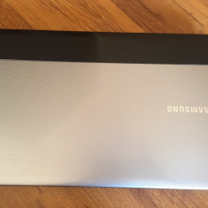 Vand Laptop Samsung NP300E5X, Intel Core i3, Diagonala ecran: 15, 750 GB
