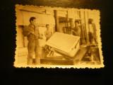 Fotografie mica - Cada de baie emailata in Intreprindere , anii '50 ,dim=9x6cm