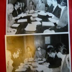6 Fotografii mari - Vizita unei Delegatii Economice Romanesti in Iran cca.1970 - Autograf