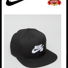 Sapca Nike SB Perf Trucker Neagra - Originala - Reglabila - 92% Poliester - Sapca Barbati Nike, Marime: Marime universala, Culoare: Negru