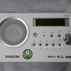 RADIO SANGEAN DPR -17, FUNCTIONEAZA . ARE SI FUNCTIE CITIRE CARD !! - Aparat radio