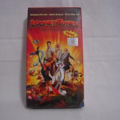Vand caseta video Looney Tunes Prezinta Noi Aventuri-Filmul, originala, VHS - Film animatie, Romana
