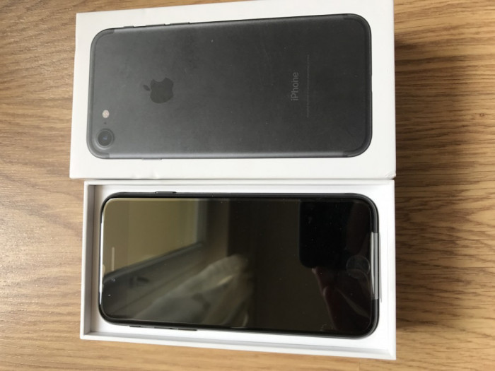 Iphone 7 32gb matte black neverlocked NOU GARANTIE 02/2018 foto mare
