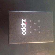 Bricheta noua Zippo Winston - Bricheta Zippo, Tip: De buzunar