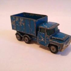 Macheta jucarie Masinuta Hot Wheels metal Corgi Junior, Guy Worrior Truck, Great Britain