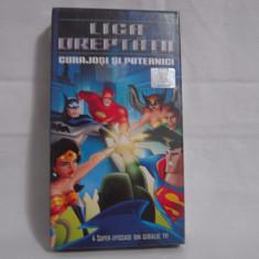 Vand caseta video Liga Dreaptății-Curajoși Și Puternici, sigilată, originală - Film animatie, Romana