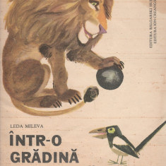 Intr-o gradina zoologica - Leda Mileva(00182) - Carte poezie copii