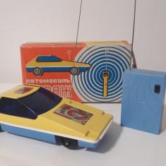 Jucarie veche, masinuta cu telecomanda, ruseasca - Jucarie de colectie