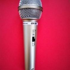 Microfon cu fir Dinamic / microfon karaoke, mufa jack 6.3mm, lungime cablu 2,5m