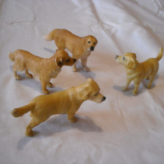 Schleich - 4 catei Golden Retriever