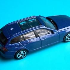Macheta auto - Bburago - BMW SERIA 3 TOURING, 1:43