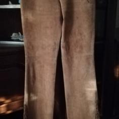 Pantalon piele întoarsă - Pantaloni dama, Marime: 40, Culoare: Coniac