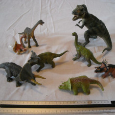PAPO - 3 figurine dinozauri + 5 dinosauri cauciuc dens - Figurina Dinozauri, Unisex