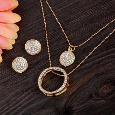 Set auriu suberb: Lant dublu + cercei, model CERCURI cu strasuri + saculet cadou