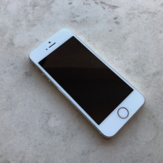 iPhone 5S Apple 16GB Gold stare excelenta, NEVERLOCKED, original 100% - 499 LEI !, Auriu, Neblocat