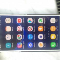 Samsung Galaxy S7 G930F Alb Android 7, Liber de Retea, 32GB, Neblocat