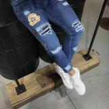 Blugi barbati model  slim fit cu stickere, 30 - 34, 36, Albastru, Lungi