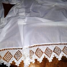 PERDELE FRUMOASE, TARANESTI.